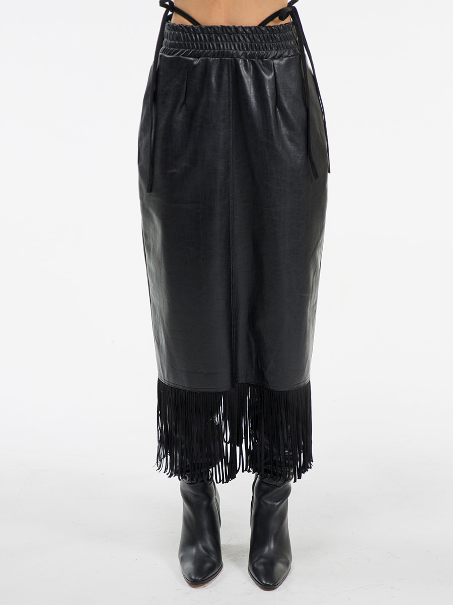 G_TASSEL LEATHER LONG_SKIRT / BLACK